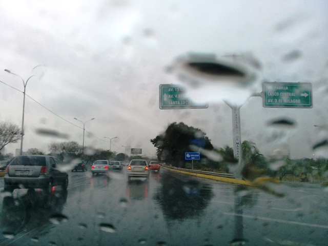Pronostican lluvias de intensidad variable en el país